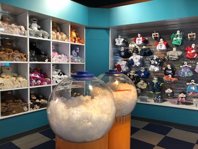 Build A Bear Christmas 2019.Build Your Own Reggy To Take Home Mascot Hall Of Fame