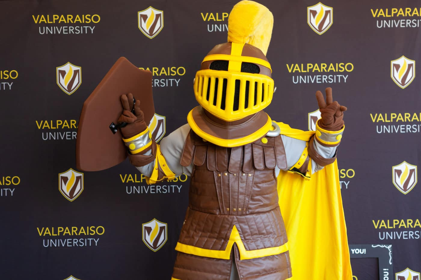 20180411 VC Valpo Day Photo Booth 002